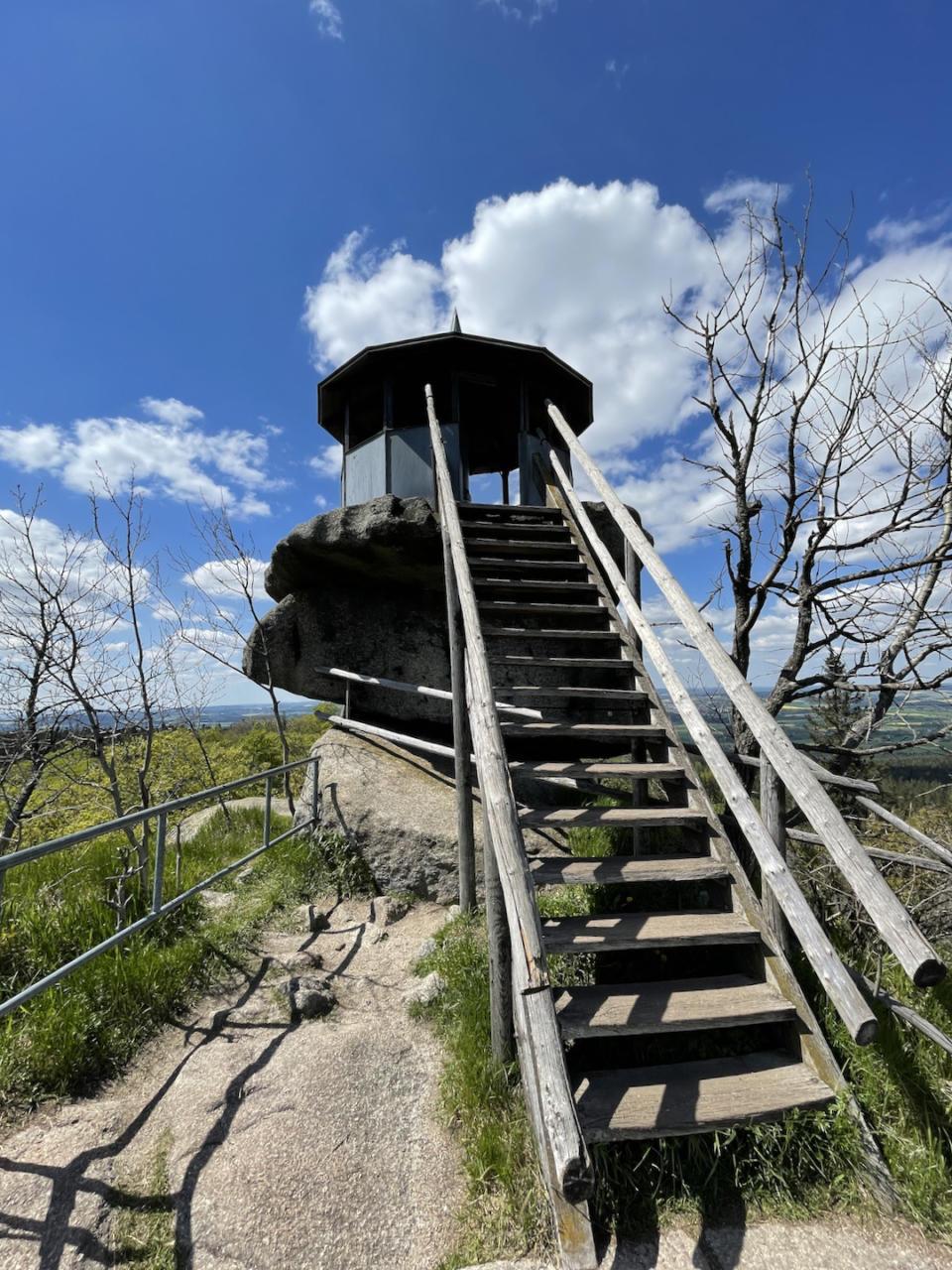 Großer Waldsatein Letzte Treppe zum Aussichtspunkt Schüssel